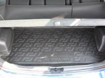 L.Locker Коврик в багажник Toyota Yaris (06-)