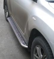 UA Tuning Пороги Toyota Highlander 2007-2013 (труба d 60 с листом)
