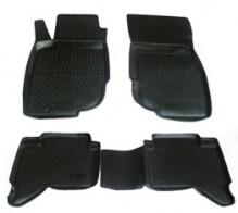 Глубокие резиновые коврики в салон Toyota Hilux 2010-2015